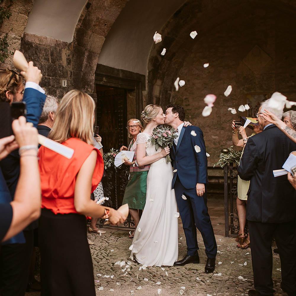 J & P-L - Photographe : Moonrise Photography / Robe de mariée : Celine De Monicault